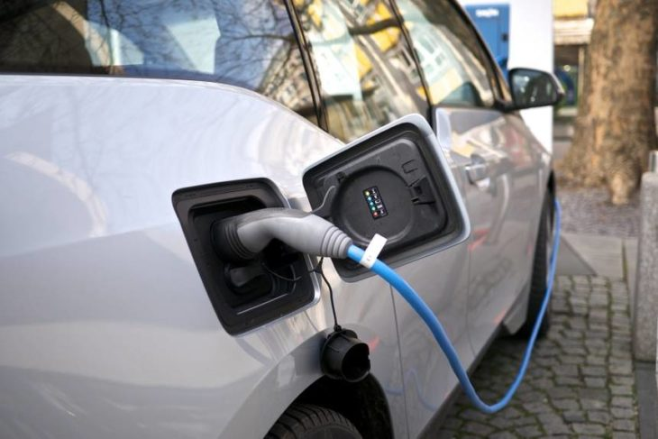 Electric car charging 730x487 at how fast will electric cars charge in the future?