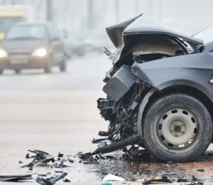 How much does a lawyer charge a car accident?